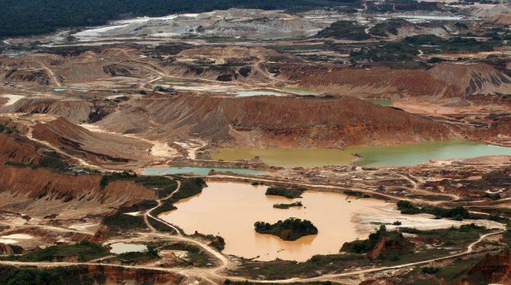 Congresista Foronda: aprueban dictamen para regular pasivos ambientales